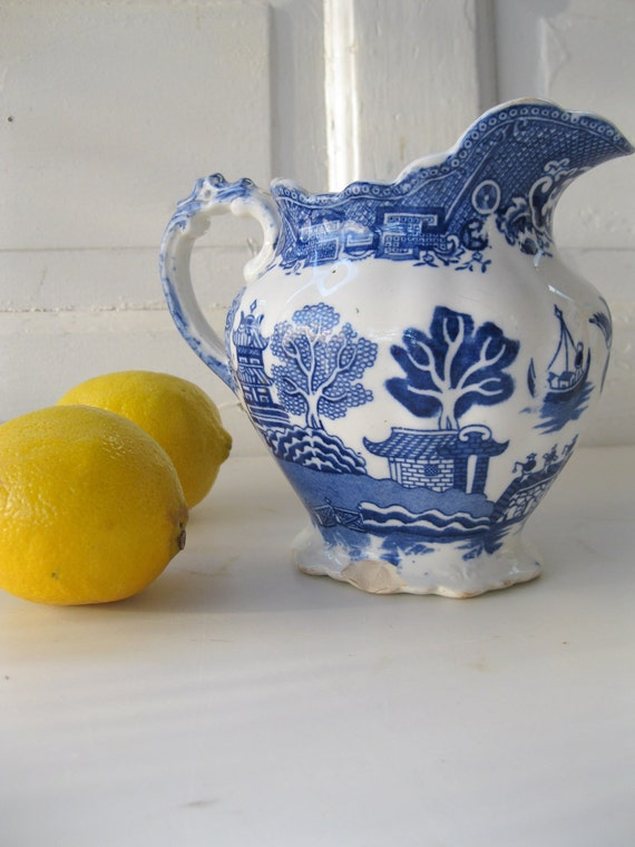Vintage Pitcher Blue Willow Allerton's English Serving from Tessiemay