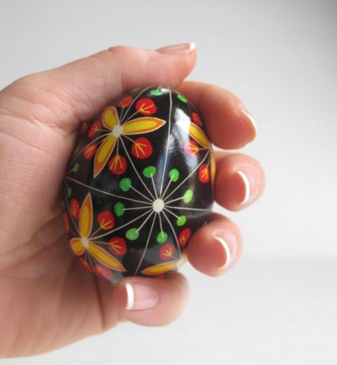 trillium traditional ukrainian by ukrainianeastereggs on etsy