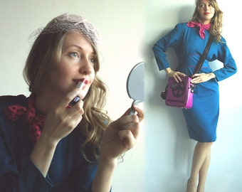 FLIGHT ATTENDANT Amazing 80s Stewardess Bombshell Wiggle Dress in Mediterranean Turquoise Teal with Hot Pink Details S/M