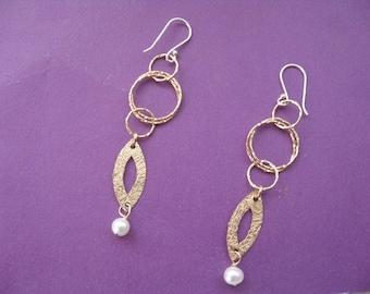 Gold Earrings, Gold Dangle Earrings with Pearl Beads, Gold Hoop Earrings, Gold and Pearl Earrings, Elegant Earrings