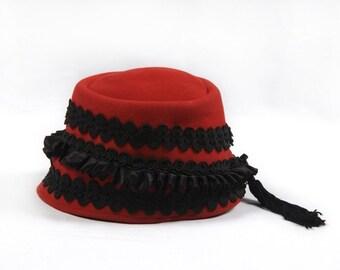 Vintage Red Wool Hat