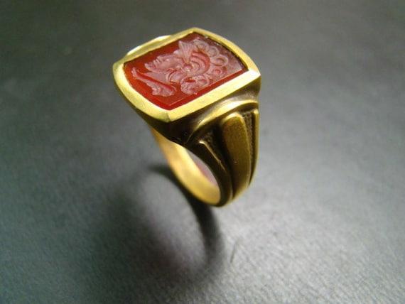 18K Gold hand carved carnelian crest ring