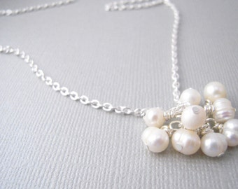 white pearl cluster necklace, freshwater pearl jewelry, Pearl and Chain Necklace, White Bridal Jewelry