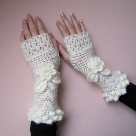 Elegant Fingerless Gloves, Hand Knit Mittens, Crochet Gloves, Long Arm Warmers, Ivory Bridal Gloves, Wedding Gloves, Roses, FLOWERS