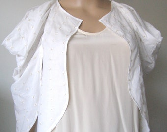 Sale Off White Embroidered Cotton Ethereal Jacket - Size S