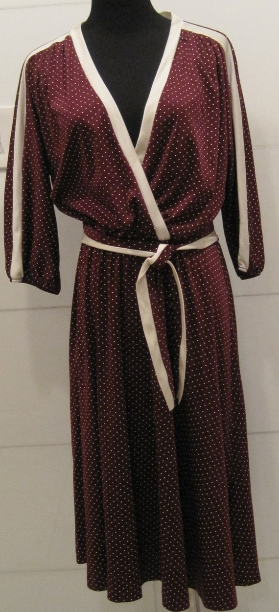 vintage burgandy dress with cream polka dots CASUAL ELEGANCE     sz LG