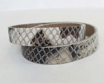 Cream Brown Snake Pattern Leather Narrow Double  Wrap  Bracelet