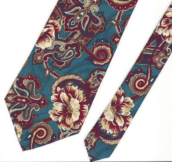 Mens Green Flower Pattern Vintage Tie