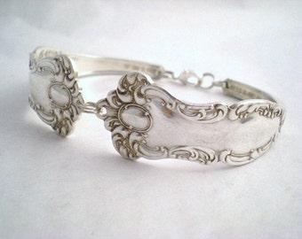 Spoon Bracelet, Silverware Spoon Jewelry, FREE ENGRAVING  Wedding Jewelry, Bridesmaid Gift, Vintage Wedding OXFORD 1901