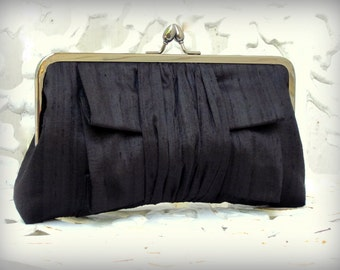 Classic Pleat Kisslock-- Formal Purse- Wedding Clutch (Choose your Colors)