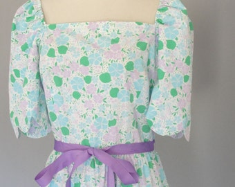 Vintage 1980s LILLY PULITZER Summer Dress with Floral Print and Grosgrain Ribbon Belt Tea Party Tulip Dress