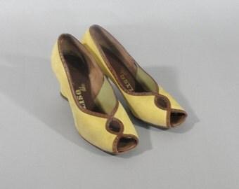 vintage 1940s DELISO DEBS Shoes with Peep Toe