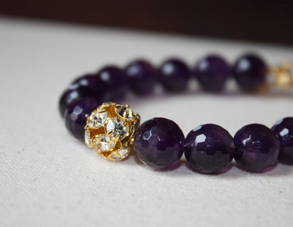 Purple amethyst quartz and gold rhinestone bracelet B6-GV5