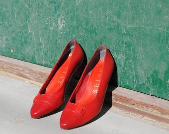 Vintage 1980's Candy Apple Red Leather Heels