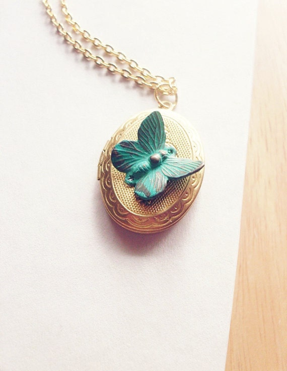 Butterfly Locket Necklace Nature Jewelry Gold Insect Charm Garden Pendant Rustic Woodland Wedding Accessories Womens Gift For Her Spring