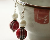 Tartan, Black Rondelle and White Pearl Earrings