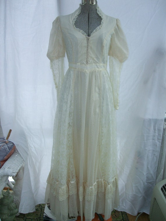 Vintage 1970s dress gunne sax bridal by timelesstreasuresvcb for Gunne sax wedding dresses