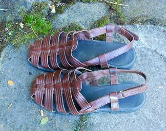 SALE-Vintage Woven Brown Leather Tstrap Flat Sandals Size 7
