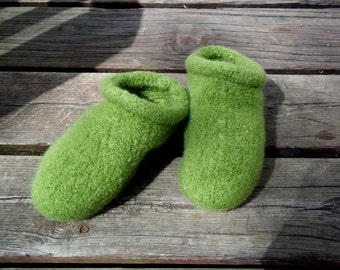 Felt Clog Slippers Green non slip bottoms