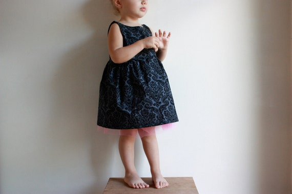 LAST CHANCE SALE the party dress / pdf sewing pattern 12 months to 5 years