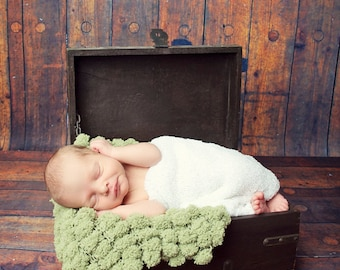 Pom Pom Blanket - Bucket Basket Liner - Newborn Photo Prop (Last one!)