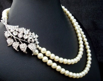 Pearl Necklace, Bridal Pearl Necklace, Swarovski Pearls, Statement Bridal brooch Necklace, vintage Bridal Rhinestone Necklace, GWENDOLYN