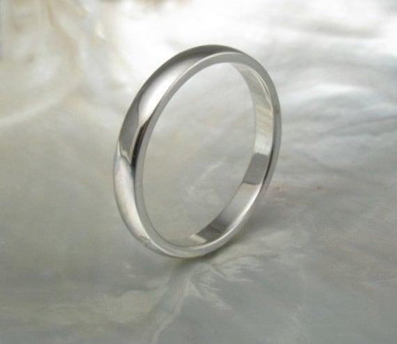 hand forged platinum wedding ring -- 2.5mm classic half round
