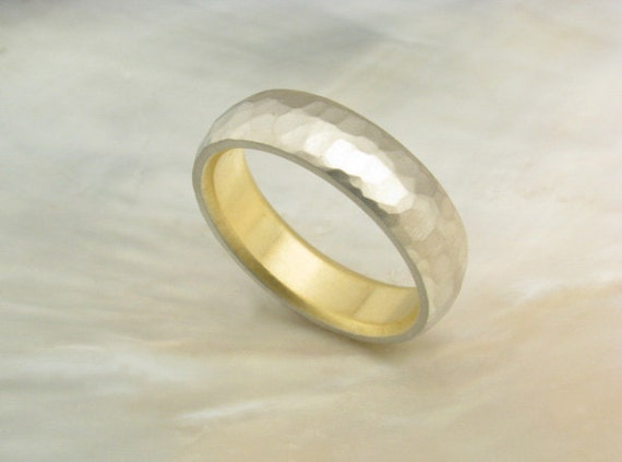 14k white gold hammered wedding ring with 18k yellow gold liner -- 5mm band, comfort fit wedding band for men