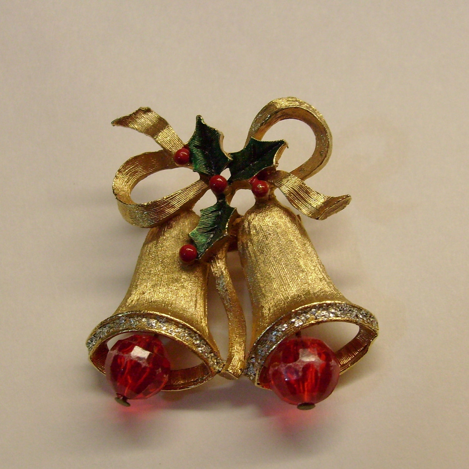 Vintage Christmas Bells And Holly Brooch Pin Gold Tone Plastic