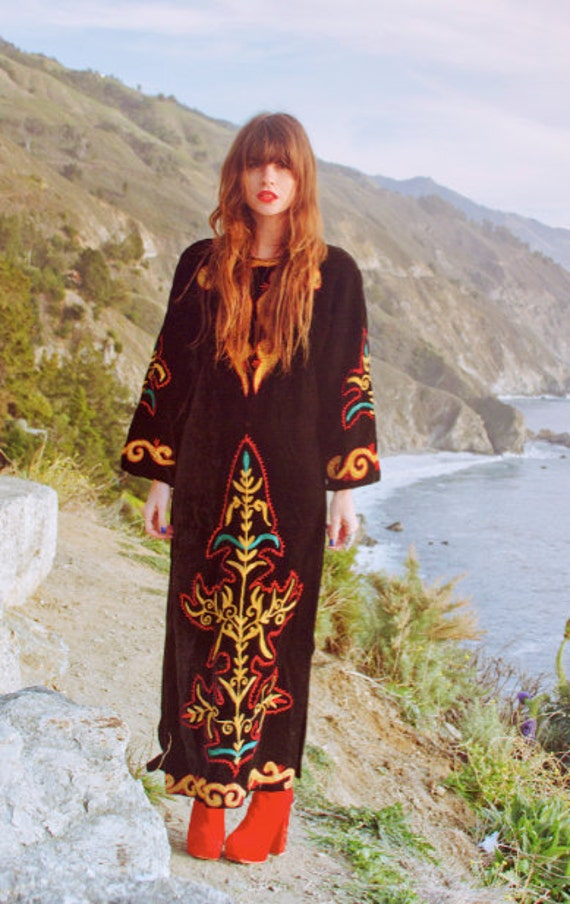 Reserved Please do not purchase. thanks Black Velvet Caftan with embroidery