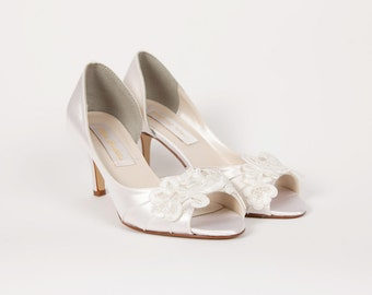 Wedding Shoes - Lace Ivory Shoe - Dyeable Choose From Over 200 Colors - Lace Shoes - Handmade Wedding - Choose Heel Size - Custom Parisxox