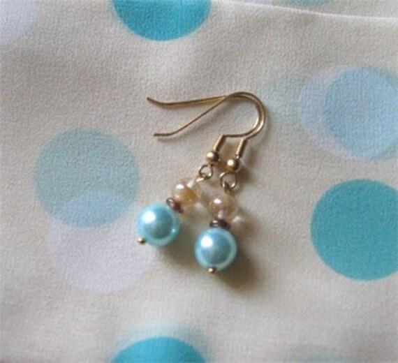 Tween Aqua Polka Dot Pearl Earring
