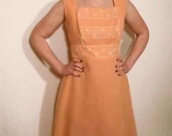 Peach 1950s Dress // Vintage Party Dress Fall Fashion // Full Skirt Unique Wedding Dress // Prom Dress