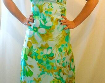 Maxi Dress Bridesmaid Vintage 1960s Ruffle Party Dress Floral Print Summer Fashion Halter