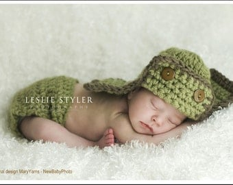 AVIATOR Hat Newborn Photo prop in Green - Photography Shoot Baby - 2tones Infant Girl Boy Photo Shoot all Babies
