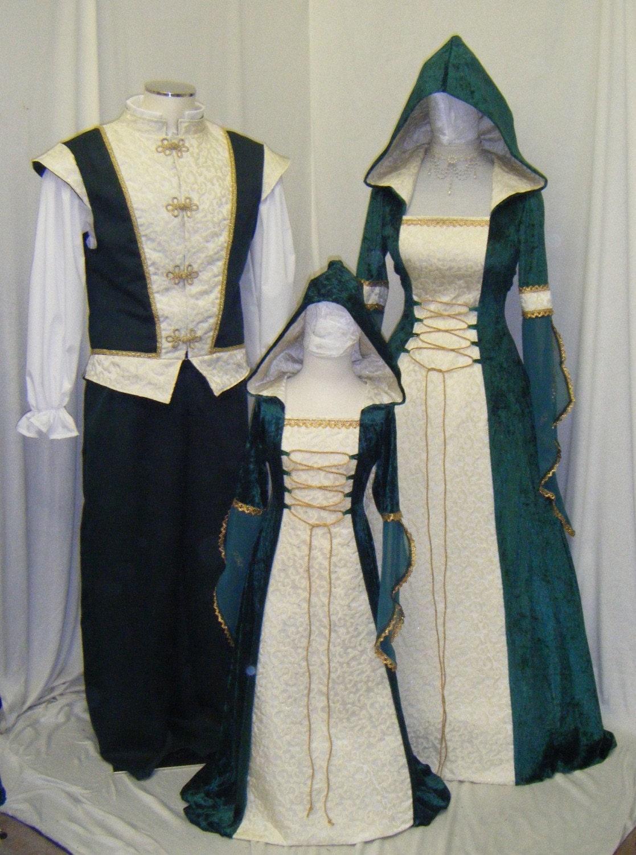 medieval dress Celtic wedding dress Renaissance by ...