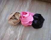 This listing is for 6 yards 2 of each color cream , pink,  black
