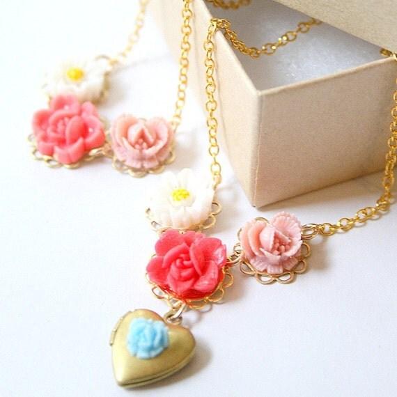 Girls Blue Rose Heart Locket Valentine Gift Set