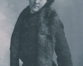 MATCHING Fur HAT and STOLE on Woman Photo circa 1920
