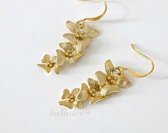 Gold flower earrings, dainty dangle earrings, trio flowers charm drop, bridesmaid gift, wedding jewelry, everyday, by balance9
