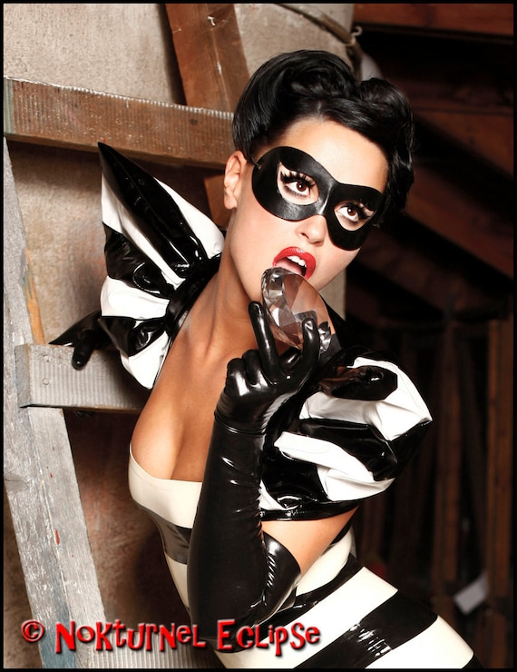 Harley Quinn Black Leather Mask Catwoman Superhero Halloween Costume Cosplay Masquerade Ball Carnival Party Unisex AVAILABLE In ANY COLOR