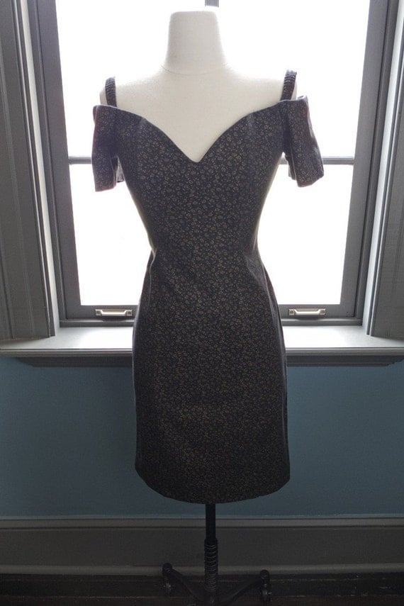 SALE... All dressed up and nowhere to go... vintage off the shoulder PARTY DRESS with tiny rose print