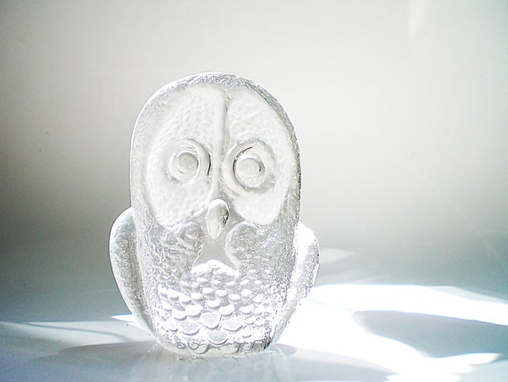 Art Glass Owl, signed Kosta Boda Crystal Figurine, Mid Century Collectible Gift