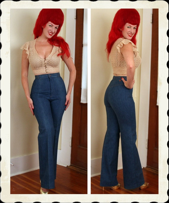 PERFECT 1970's High Waisted Wide Leg Blue Denim Jeans by Levi's - Orange Tab Small E - Braided Waistband - Hourglass Fit - Long - Size M