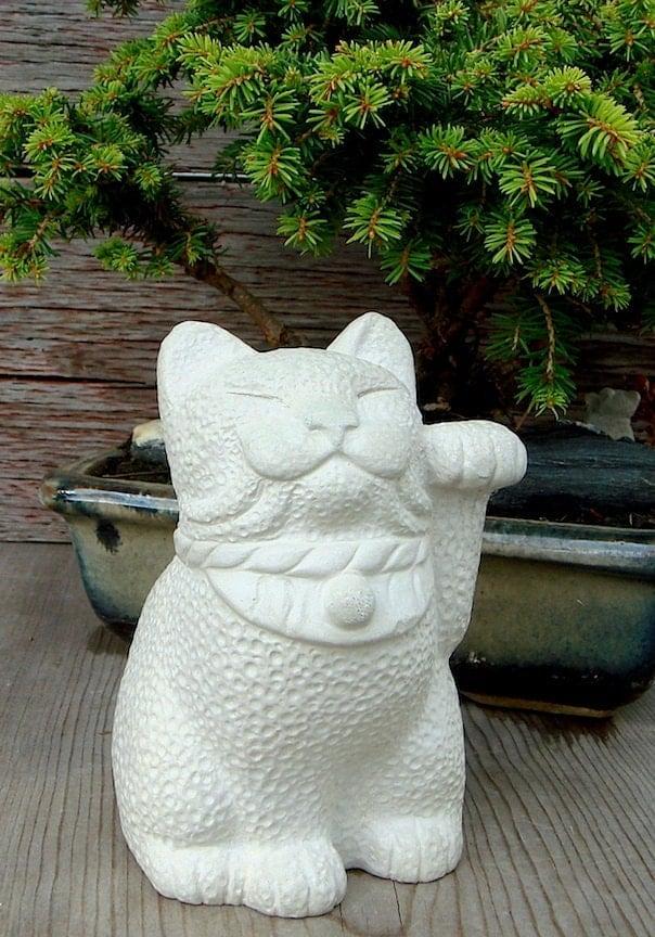 Japanese Bobtail Maneki Neko Lucky Cat Sculpture By By