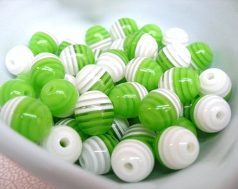 20x 12mm Resin Egg Shaped Oval Stripey beads in green and white and clear