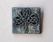 Celtic Shamrock Stone Art, Celtic Knot Garden Tile, Ireland Home Decor, Irish Garden Art, Good Luck Symbol