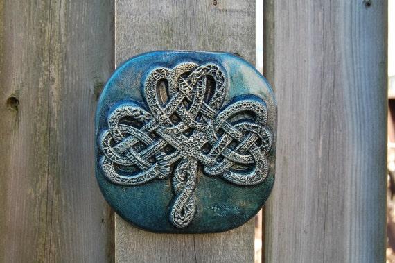 St Patricks Day Gift Celtic Knot Shamrock, Irish Art Garden Gift, Garden Stone Art Sculpture, Housewarming Gift, Ornamental Shamrock