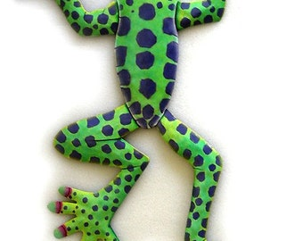 Painted Metal Frog Wall Hanging - Hand Painted Metal Art, Tropical Design. Metal Wall Art, Tropical Metal Art - Metal Wall Decor - F-2002-GR
