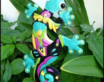 Gecko Garden Plant Stick - Tropical Decor, Outdoor Garden Decor - Plant Marker, Painted Metal Gecko Plant Marker - Garden Art - PS-402-TQ